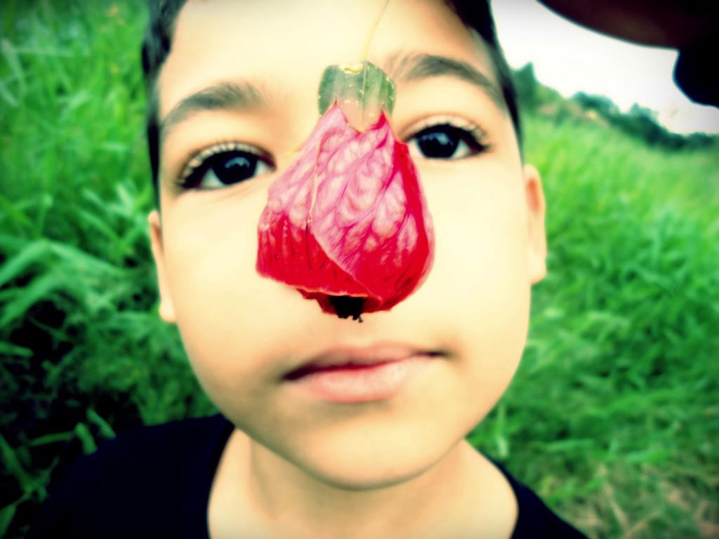 ほっぺたが痛い・臭くなる副鼻腔炎と蓄膿|症状・違い・オススメ市販薬